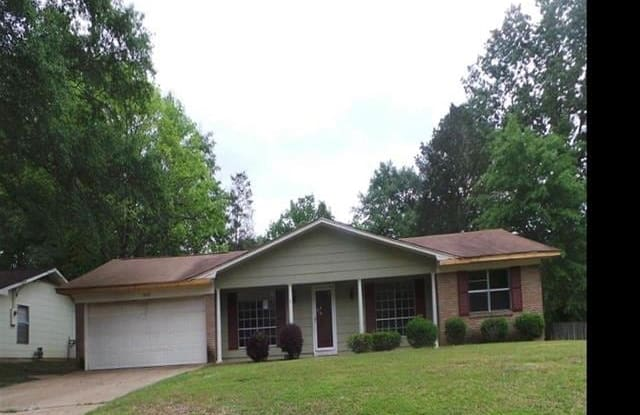 2626 CLIFFWOOD DR - 2626 Cliffwood Drive, Jackson, MS 39212