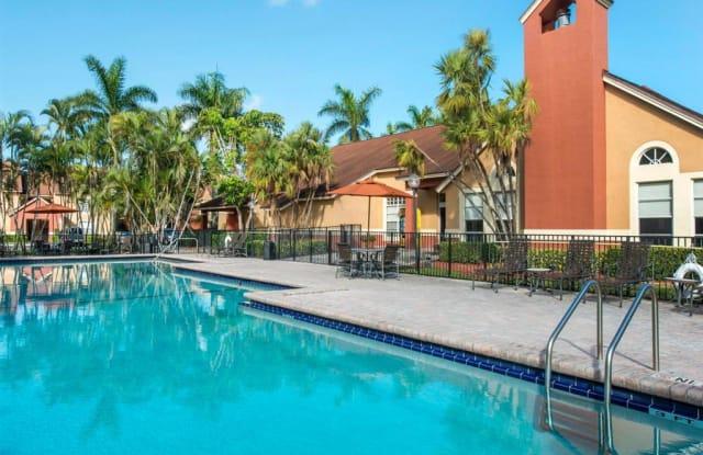 The Landings at Pembroke Lakes Apartments - 10650 Washington St, Pembroke Pines, FL 33025