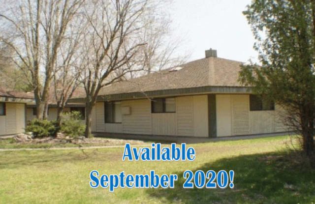 2700 5th Avenue - 2700 Fifth Avenue, Stevens Point, WI 54481