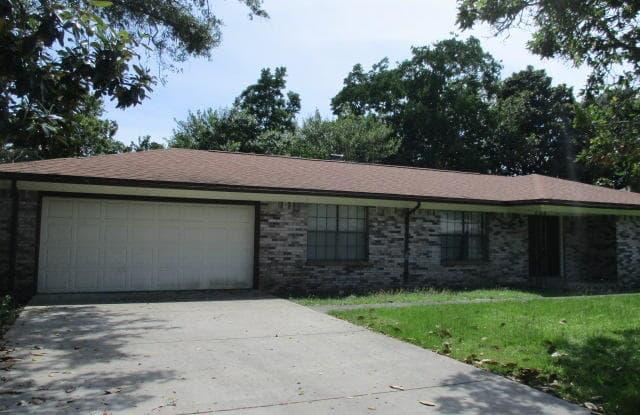 11 Doral Drive - 11 Doral Drive, Lake Lorraine, FL 32579