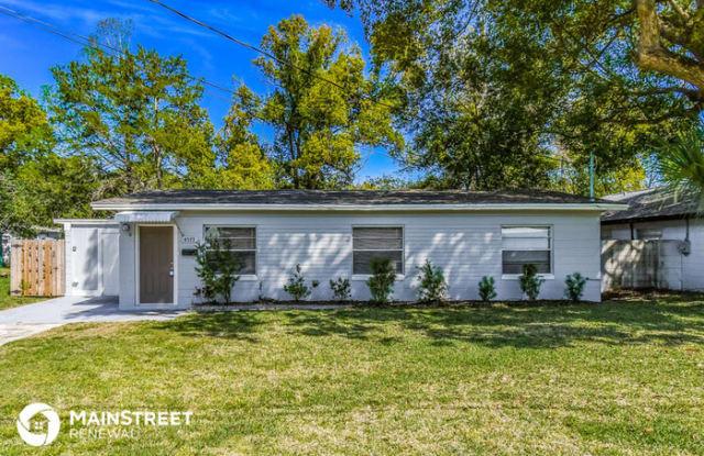 4573 Colonial Avenue - 4573 Colonial Avenue, Jacksonville, FL 32210