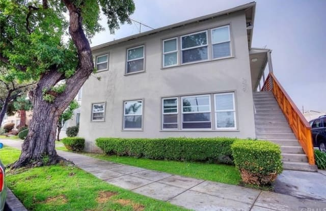 379 Termino Ave Long Beach Ca Apartments For Rent