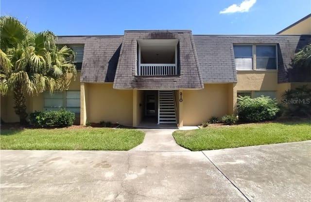 210 E DESOTO STREET - 210 East Desoto Street, Clermont, FL 34711
