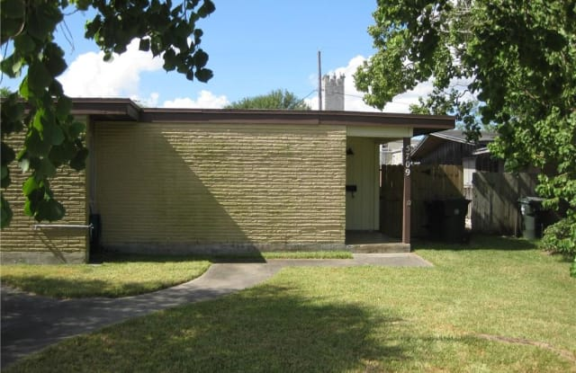 5709 Rio Vista Ave - 5709 Rio Vista Ave, Corpus Christi, TX 78412