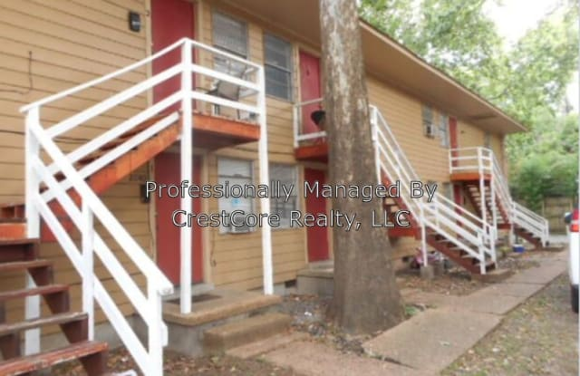 2040 Southern Ave Apt 3 - 2040 Southern Avenue, Memphis, TN 38104