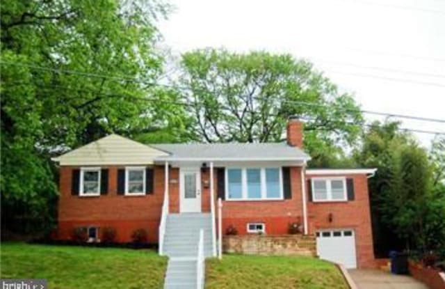 6511 29TH STREET N - 6511 29th Street North, Arlington, VA 22213