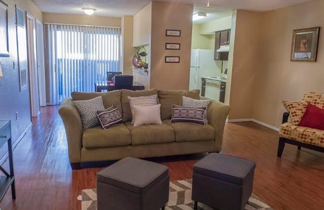 Huntington Pointe - 6801 Wolflin Ave, Amarillo, TX 79106