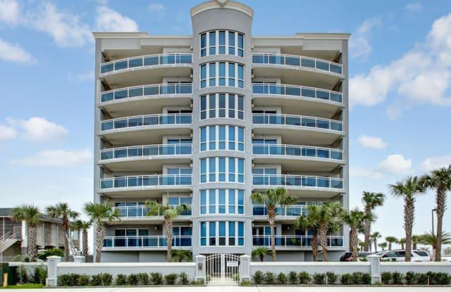 807 1ST ST N - 807 1st Street North, Jacksonville Beach, FL 32250