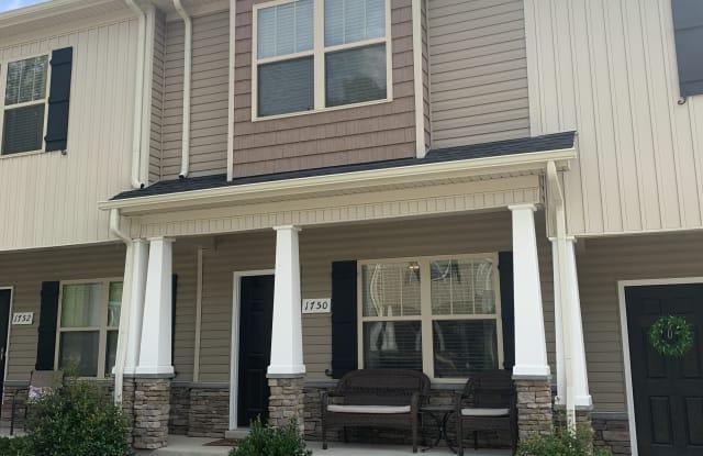 1750 Sprucedale Drive - 1750 Sprucedale Dr, Nashville, TN 37013
