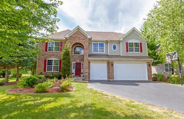 1700 WHITE OAK Lane - 1700 White Oak Ln, Hoffman Estates, IL 60192