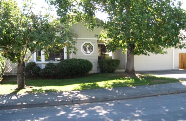 9436 Jessica Drive - 9436 Jessica Drive, Windsor, CA 95492