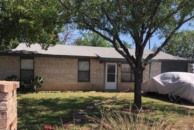 4402 Kemper Street - 4402 Kemper Street, Lubbock, TX 79416