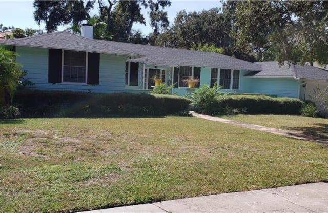 1638 SOUTH DRIVE - 1638 South Drive, Sarasota, FL 34239