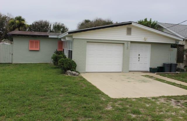 813 Ocean Ave - 813 Ocean Avenue, New Smyrna Beach, FL 32169