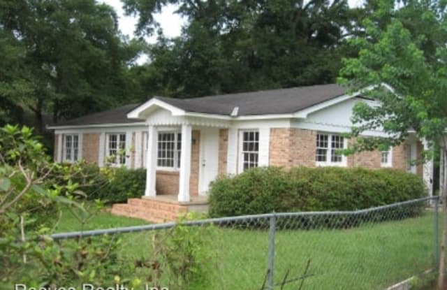 6666 Old Shell Rd - 6666 Old Shell Road, Mobile, AL 36608
