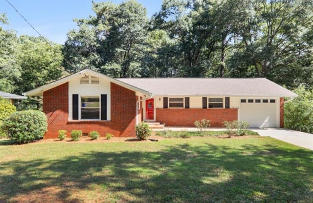 2734 Hollywood Drive - 2734 Hollywood Drive, Scottdale, GA 30033