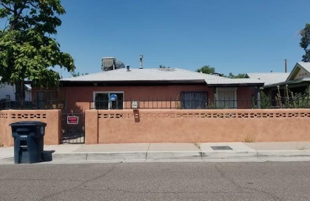 721 Santa Fe Avenue SW - 721 Santa Fe Avenue Southwest, Albuquerque, NM 87102