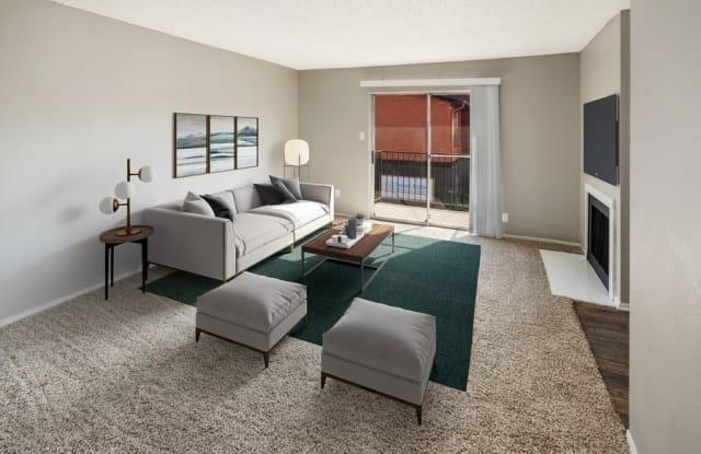 Villas de Serenada - 301 Fair Oaks Blvd, Euless, TX 76039
