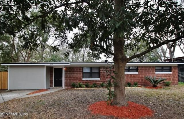 2228 BETSY DR - 2228 Betsy Drive, Jacksonville, FL 32210