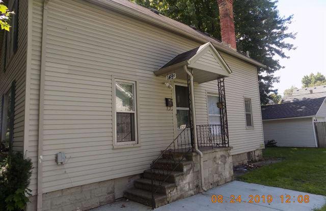 149 Clinton St - 149 Clinton Street, Mount Clemens, MI 48043
