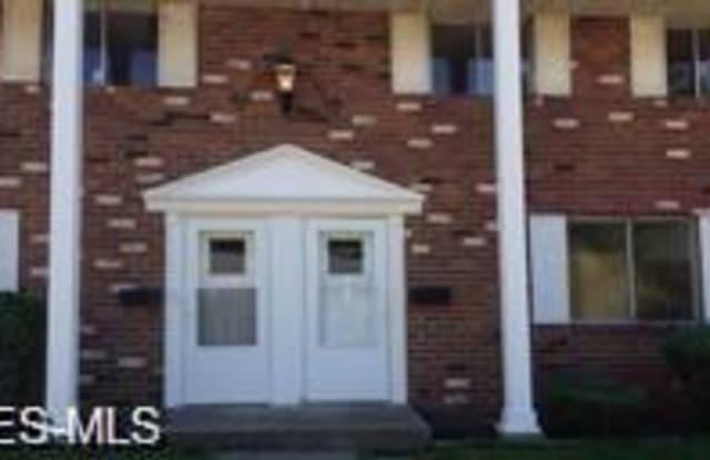 649 South Shore Ct - 649 South Shore Court, Vermilion, OH 44089