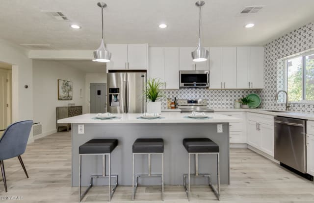 521 W VIRGINIA Avenue - 521 West Virginia Avenue, Phoenix, AZ 85003