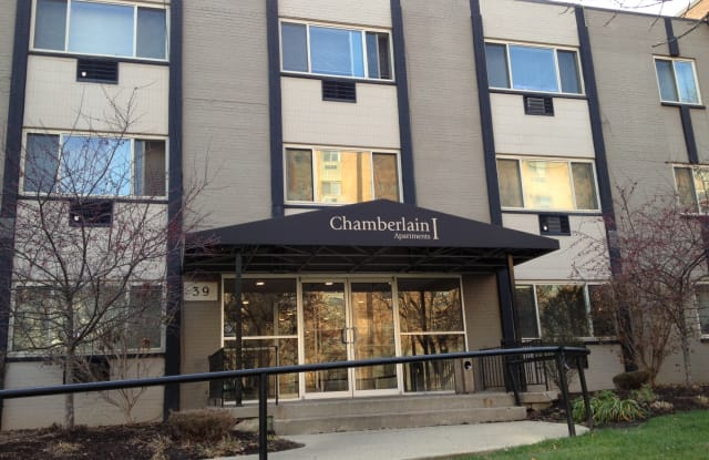 Chamberlain I&II Apartments - 39 Central Ave, Dayton, OH 45406