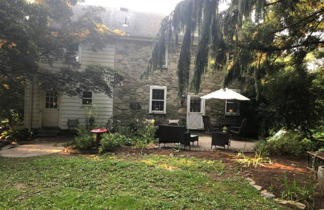 3 W BROOKHAVEN ROAD - 3 West Brookhaven Road, Delaware County, PA 19086