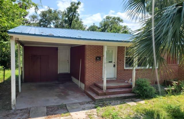 1716 BUCKNELL AVE - 1716 Bucknell Avenue, Jacksonville, FL 32218