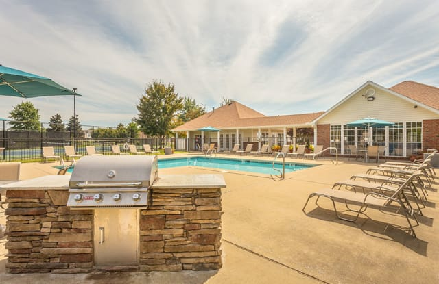 Hawthorne Park South - 220 Indian Park Dr, Murfreesboro, TN 37128