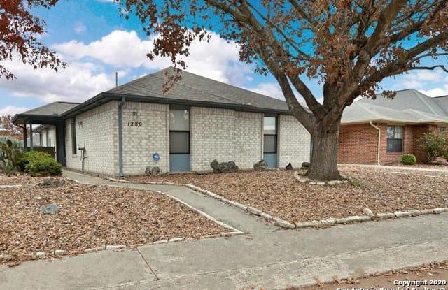 1280 Summerwood Dr - 1280 Summerwood Drive, New Braunfels, TX 78130