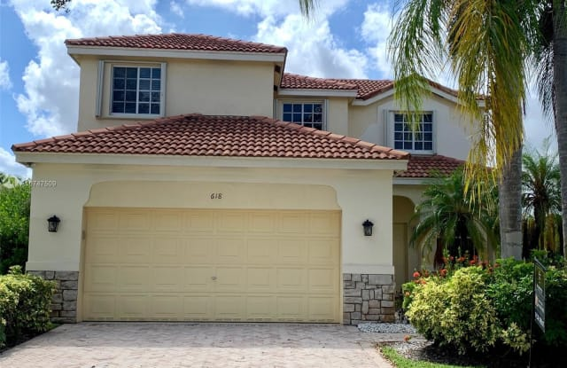 618 Willow Bend Rd - 618 Willow Bend Road, Weston, FL 33327