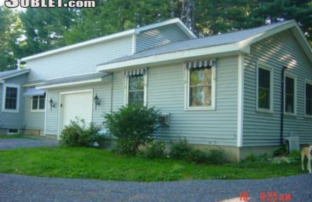 344 Case Street - 344 Case Street, East Middlebury, VT 05753