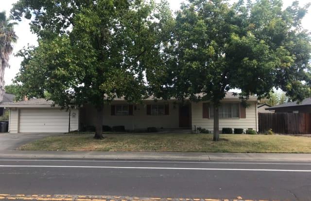 6655 S Land Park Dr - 6655 South Land Park Drive, Sacramento, CA 95831