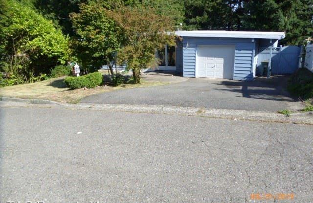 14212 SE 37th St - 14212 Southeast 37th Street, Bellevue, WA 98006