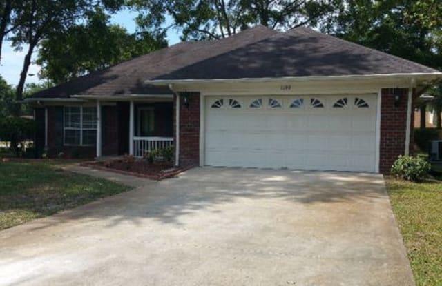 1150 Chesapeake Ln - 1150 Chesapeake Lane, Hinesville, GA 31313