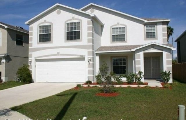 9503 Somerset Island Ct - 9503 Somerset Island Court, Town 'n' Country, FL 33615