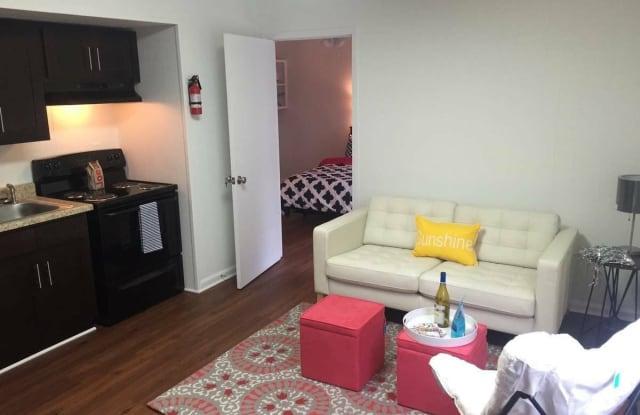 University Crossing Apartments - 4226 University Avenue, Columbus, GA 31907