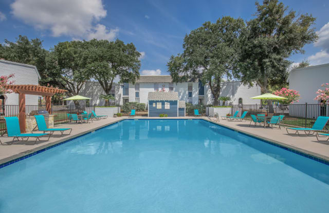 Whispering Oaks - 1200 N Loop 336 W, Conroe, TX 77301