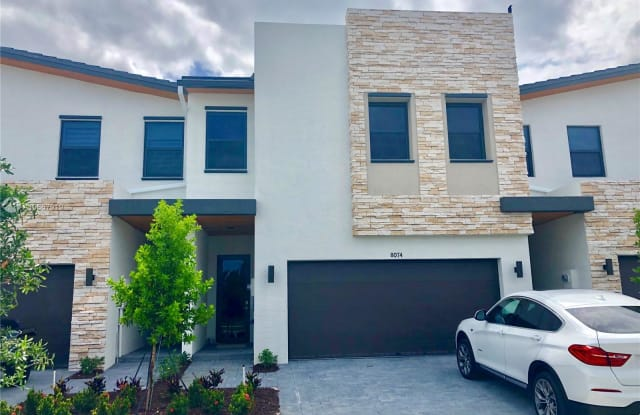8074 NW 104th Ct - 8074 NW 104th Ct, Doral, FL 33178