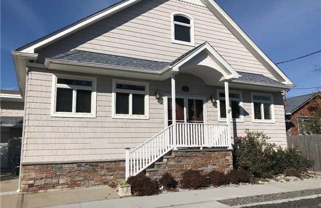 3 Inwood - 3 Inwood Avenue, Point Lookout, NY 11569
