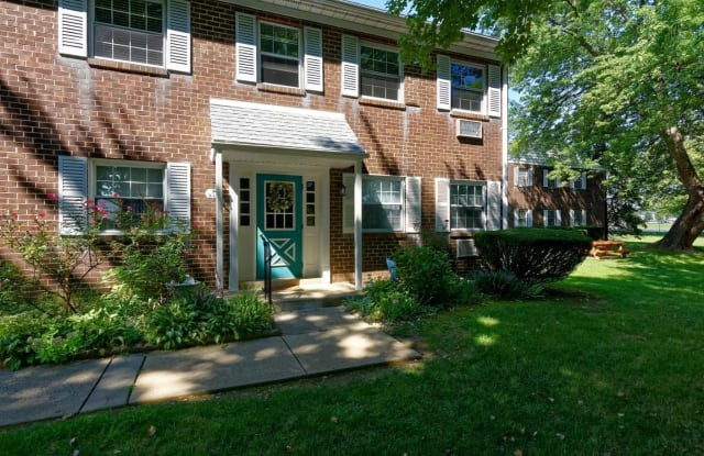 224 PENNELL ROAD - 224 Pennell Rd, Village Green-Green Ridge, PA 19014