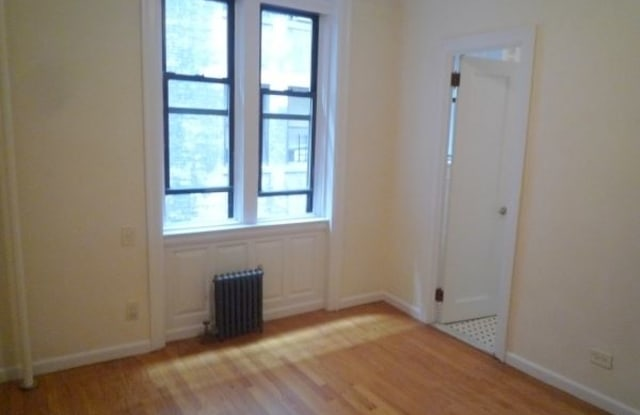 304 W 45th St 3 - 304 West 45th Street, New York, NY 10036