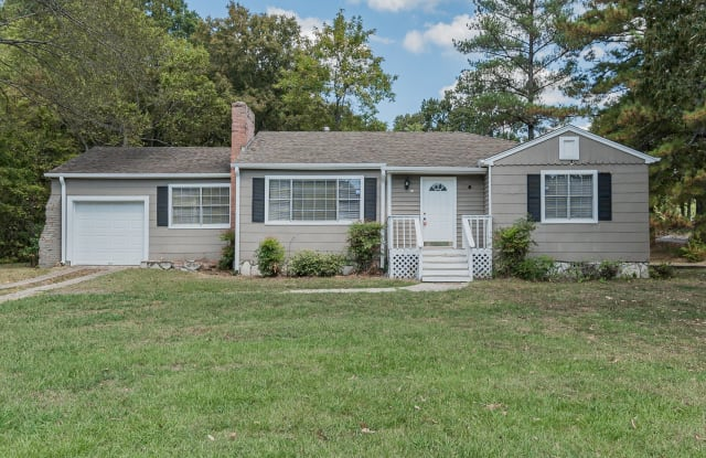 340 Polly Reed Rd - 340 Polly Reed Road, Center Point, AL 35215