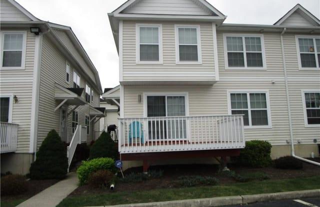 31 Lexington Way - 31 Lexington Way, Middletown, NY 10940