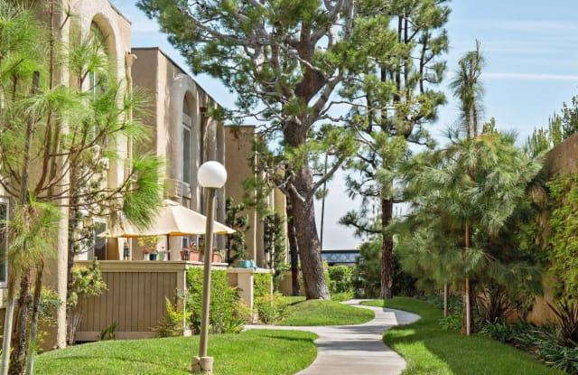 La Habra Woods Apartments - 701 W Imperial Hwy, La Habra, CA 90631