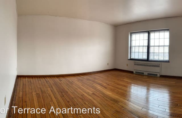 Windsor Terrace - 3333 Grand Avenue, Des Moines, IA 50312