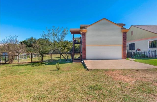 1050 Hidden Hills DR - 1050 Hidden Hills Drive, Hays County, TX 78620