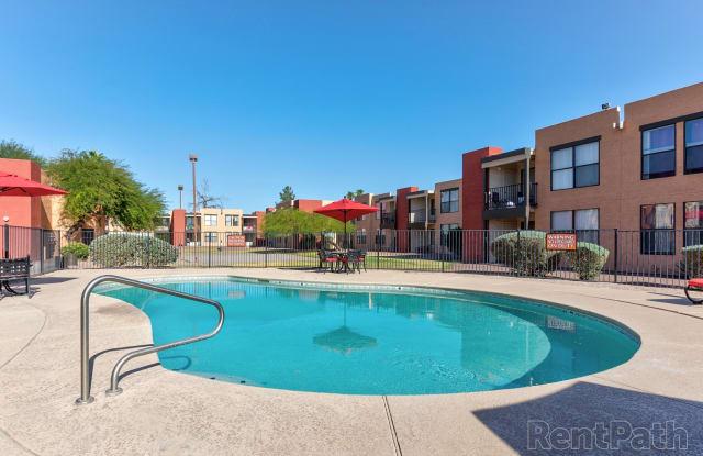 Bella Vista - 1564 N Morrison Ave, Casa Grande, AZ 85122