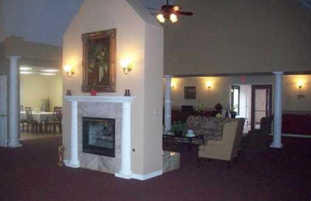 Stratford Place - 704 US-223 S, Lenawee County, MI 49221